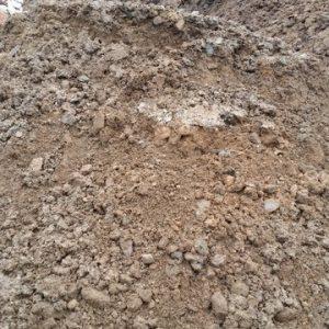 Boden nicht siebfähig, Lehmboden, Boden mit Grasnarbe